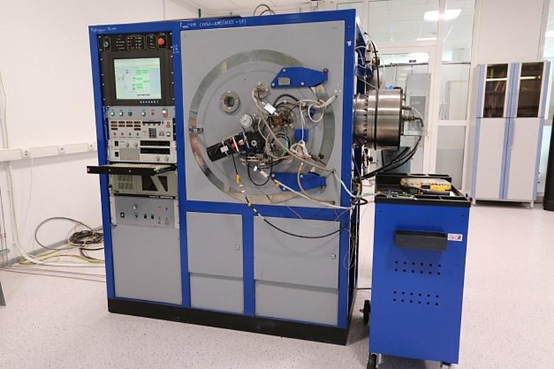 установки ионно-плазменного напыления